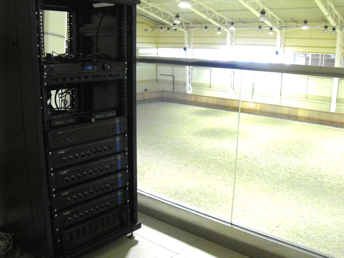 Многозонная система фонового звука и речевых сообщений CVGaudio Конно - спортивном Комплексе Дивный на Новой Риге