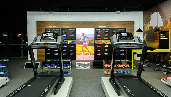 CVGaudio - реализация объекта NIKE - Беговой Pop-Up Store рядом с МГУ на Воробьевых горах