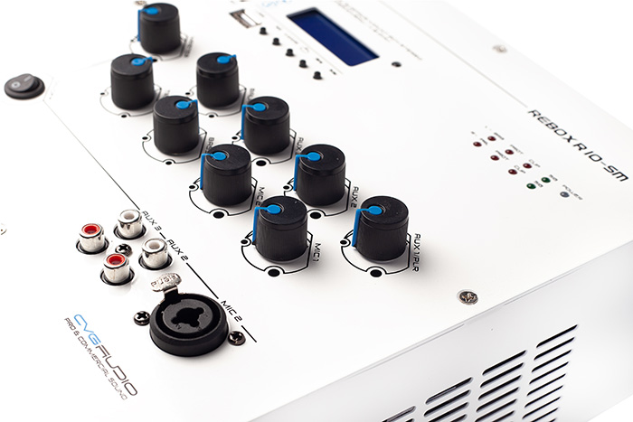 Настенные микшер-усилители Rebox T8-SM и Rebox R10-SM